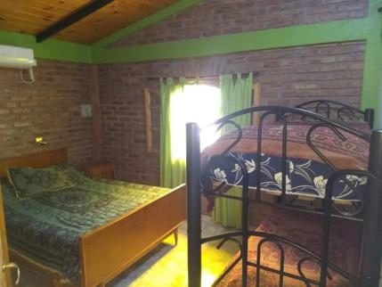 camas-cuchetas-de-caño-en-San-Luis-Cabañas-ROMA